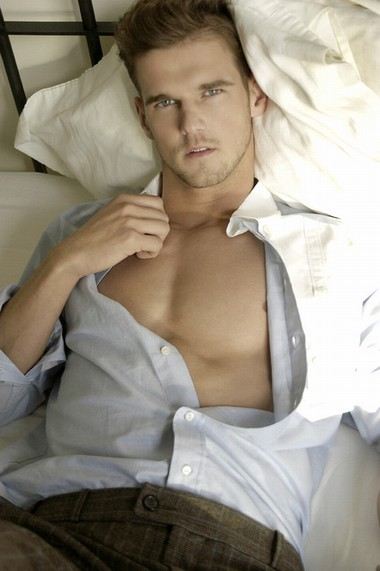 Your Hunk of the Day: Dennis Van Der Eijk