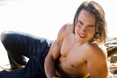 Your Hunk of the Day: Taylor Kitsch